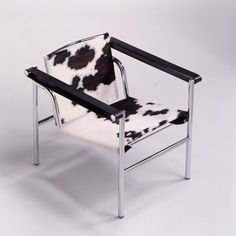 1000 images about accents faux fur on pinterest charlotte perriand armc - Fauteuil pivotant ikea ...
