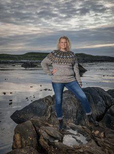 no - Spesialist på islandsk ull Henna, Toms, Black, Scale Model, Black People, Hennas