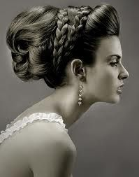 Hair style with silver ribbon intertwined in the braid! Interesting...well Pinteresting!