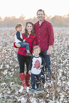 family picture outfits by color series red christmas pics