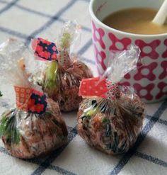 お弁当にもぴったり!味噌玉(インスタントみそ汁)の作り方