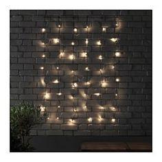IKEA - SKRUV, Led-lichtgordijn met 48 lampjes, , Je kan het lichtsnoer een persoonlijk tintje geven zodat het bij het seizoen of bij je stijl past. Voeg versieringen naar keuze toe en verander ze wanneer jij dat wilt.Geeft een warm, gezellig schijnsel en geeft je terras, balkon of veranda een vakantiesfeer.De led-lichtbron verbruikt tot ca. 85% minder energie en heeft een 20 keer langere levensduur dan gloeilampen.
