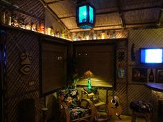 The South Pacific Room-Vista,CA-updated 04/15/15 -- Tiki Central