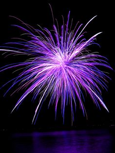 gotta love it, it's purple AND fire works 2 fave things for the price of 1 ! i want to hold a firework in a jar Purple Love, All Things Purple, Shades Of Purple, Purple And Black, Black And White, Purple Stuff, 50 Shades, Fire Works, In Natura