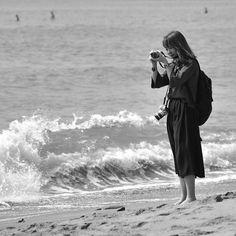 【instatsu_k】さんのInstagramをピンしています。 《おはようございます。 #shichirigahama #kamakura #beach #coast #sea #カメラ女子 #cameragirl #七里ヶ浜 #monochrome #海 #☀ #good #ファインダー越しの私の世界 #写真好きな人と繋がりたい#写真撮ってる人と繋がりたい #モノクロ #igersjp #nikon》