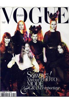Natasha Poly en couverture du Vogue Paris de novembre 2005: http://www.vogue.fr/mode/cover-girls/diaporama/natasha-poly-en-couverture-de-vogue-paris/5823/image/408928#natasha-poly-en-couverture-du-vogue-paris-de-novembre-2005