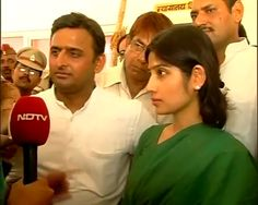 I rate Akhilesh's government 8 out of 10: Dimple Yadav http://www.ndtv.com/video/player/news/i-rate-akhileshs-government-8-out-of-10-dimple-yadav/234881