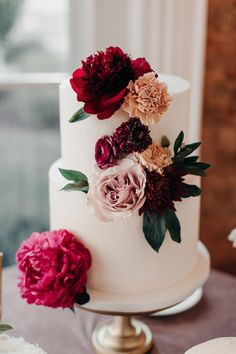 Get Your Wedding Song Inspiration from This Music Loving Couple's Nashville Wedding at The Cordelle country chocolat mariage cake cake country cake recipes cake simple cake vintage Wedding Songs, Wedding Blog, Fall Wedding, Rustic Wedding, Our Wedding, Dream Wedding, Wedding Groom, Wedding Tips, Wedding Couples