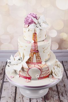 Haute couture wedding cakes with unique design, created by a team of top master confectioners, finished using traditional craft techniques. Paris Themed Cakes, Paris Cakes, Wedding Shower Cakes, Wedding Cakes, First Communion Cakes, Horse Cake, Harry Potter Cake, Couture Cakes, Book Cakes