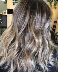l i g h t & a n g l e s @hairbytraciii #pravana #balayage #brunette Brilliant Brunette, Balayage Brunette, Brunettes, Hair Ideas, Style Me, Hair Color, Long Hair Styles, Inspiration, Beauty