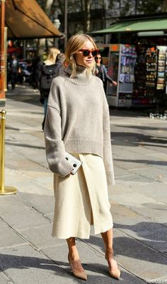 style over 50 - Style It Up Style Désinvolte Chic, 50 Style, Classic Style, Casual Chic, Looks Street Style, Looks Style, Fashion Week, Womens Fashion, Fashion Trends