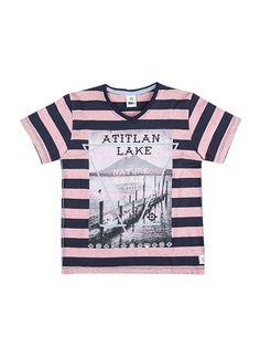 3b6dfe8038 Camiseta infaltil masculino com decote v na cor rosa em tamanho 002. As  camisetas em