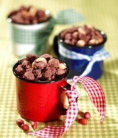amendoim_em_porções_em_xícara_de_café