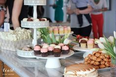 Toast Event Design does a great job with displaying our cupcakes!