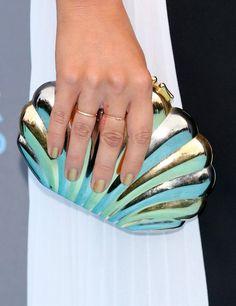 Pin for Later: Mit diesen Maniküren verpassen die Stars ihrem Look den letzten Schliff Raychel Diane Weiner, Critics' Choice Awards