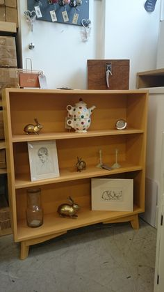 Find this Pin and more on Bookcases and shelves. & Ercol plate rack in Old White Chalkpaint™ distressed and finished ...