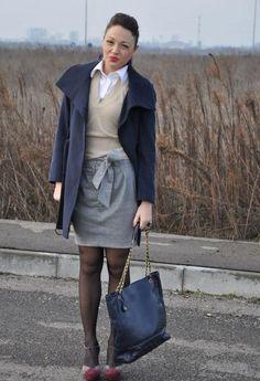 I Love Vintage  , Laura Lindor in Cappotti, Chanel in Borse, twin set in Pullover, etoile noire in Gonne