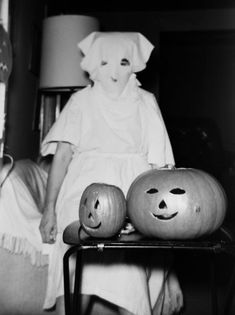 Ghost & Jack o' lanterns