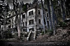 Lost In Time Spooky Places Abandoned Places Old Hospital