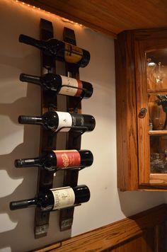 Casier à vin rustique avec cerclage en acier par WineStaveCrafts