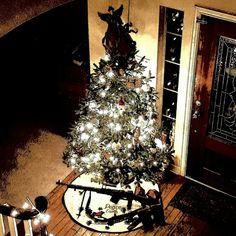 Day 11 Christmas Tree Guns.  Its the Swedish Light machine gun Kg m/1937 (BAR).   6.5mm   #thepewpewlife #blackgunsmatter #evilblackrifle #guns #weapon #weapons #weaponsdaily #rifles #suppressor #makeamericagreatagain #weaponsfanatics #texasguntrust #texasnfatrust #guntrust #nfatrust @colionnoir I'm #steelwaiting