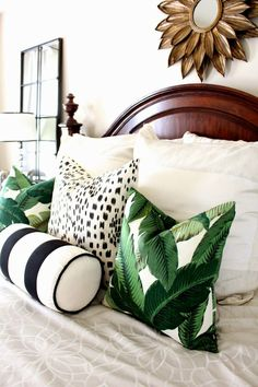 Palm Details Home Decor Home Bedroom Tropical Bedrooms Tropical Bedrooms, Tropical Master Bedroom, Tropical Bedding, Estilo Tropical, Decoration Bedroom, Green Bedroom Decor, Suites, Home Bedroom, Bedroom Ideas