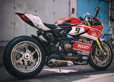 "6,583 Likes, 62 Comments - Sportbike Indonesia (@sportbike_indonesia) on Instagram: ""Apa pendapat kalian tentang motor ini? . : @_robbyh . Foto kalian mau di repost? . 1. Follow…"""
