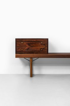For Sale on - Bench/side table model Krobo with drawer box designed by Torbjørn Afdal. Produced by Bruksbo in Norway. Bench With Drawers, Side Table With Drawer, Modular Cabinets, Coffee Table Bench, Box Design, Midcentury Modern, Chair, Stool, Norway