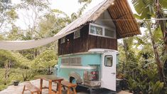 You Can Book This Cozy 'Jeepney' Airbnb in Rizal for a Quiet Weekend Trip Industrial House, Modern Industrial, Condo Interior Design, Color Interior, Organic Container Gardening, Bahay Kubo, Jeepney, Two Storey House, Modern Minimalist