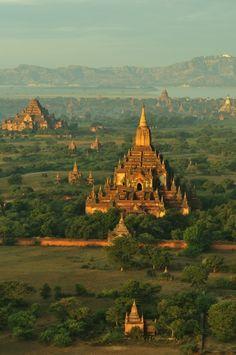 Bagan temples, Myanmar / Burma... someday! http://www.naturescanner.nl/azie/myanmar