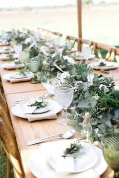 Intimate & relaxed wedding on a South African Game Farm via Magnolia Rouge Wedding Ideas South Africa, South African Weddings, Sunflower Wedding Decorations, Wedding Flowers, Zulu Traditional Wedding, Zulu Wedding, Relaxed Wedding, Wedding Goals, Wedding Table