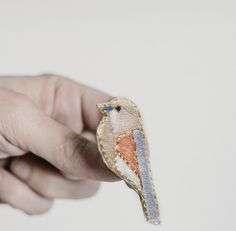 Embroidered bird, hand stitched brooch, pastel graphic brooch