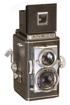 The Ansco Automatic Reflex circa 1948 series bea old camera Antique Cameras, Old Cameras, Vintage Cameras, Box Camera, Camera Lens, How To Make Camera, Classic Camera, Camera Obscura, Lenses