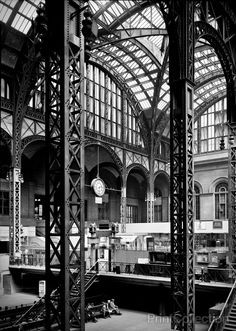 Pennsylvania Station, 370 Seventh Avenue, West Thirty-first, Thirty-first-Thirty-third Streets, New York, New York, NY. Cervin Robinson, Photographer April 24, 1962. Other Title: Penn Station Related
