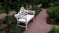 Классическая деревянная скамья для сада #мебельдлясада #скамейки