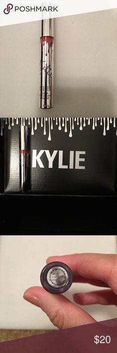 Kylie Matte Liquid Lipstick in 22 This lipstick was part of Kylie's Holiday Edition Set * Beautiful Silver finish on Tube * 100% Authentic * Brand New, Never Opened, Never Swatched * Offers welcome Kylie Cosmetics Makeup Lipstick