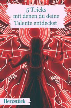 Fühlst du dich auch manchmal völlig talentfrei und hast keine Ahnung, wo eigentlich deine Stärken liegen? Dann erfahre hier, wie du dein wahres Talent entdeckst und somit einen Schritt weiter im Prozess der Selbstfindung kommst. #Akzeptanz #Talent