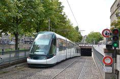 Alstom Citadis 403 n°2002 CTS Ancienne Synagogue Les Halles - Florian Fèvre - Tramway de Strasbourg — Wikipédia