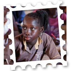 Maak kennis met onze Khadji (13) uit Senegal. Zij wil dat kinderarbeid stopt in haar land. Voor kinderen als Khadji gaan de schoolkinderen vanaf 28 september op pad: voor kinderen, door kinderen. In de video vertelt ze haar verhaal. Klik hiervoor op ´bezoeken´. Wij zijn trots op Khadji!