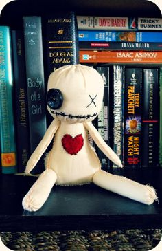 Cute friend to make. Maybe make multiples with ears and other stuff. Maybe little dolls with yarn hair and ripped little outfits