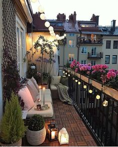 35 DIY Small Apartment Balcony Garden Ideas # Balcony Garden - b a l c o n y - Balkon Apartment Balcony Garden, Apartment Balcony Decorating, Apartment Balconies, Cozy Apartment, European Apartment, Apartment Living, Apartment Patios, City Apartment Decor, Paris Balcony