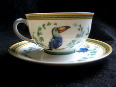 Authentic HERMES Porcelain Tea cup + saucer, Toucans