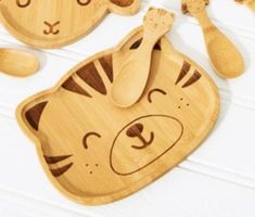 Bambusteller Happy Tiger mit Loeffel Baby Kind, Tiger, Laser Engraving, Food For Kids, Baby Favors, Bamboo, Tablewares