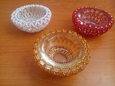 Sissi Neubauerová Seed Bead Crafts, Beaded Crafts, Beaded Ornaments, Beaded Bracelet Patterns, Bead Patterns, Beaded Bracelets, Light Covers, Votive Candles, Bead Art