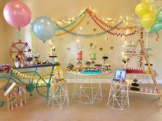 Mil Folhas Festas: Retrospectiva 2017 :: Festas Circus Theme, Circus Party, Birthday Decorations, Birthday Party Themes, Unicorn Party, Baby Birthday, Event Decor, Party Time, First Birthdays