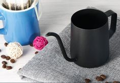 SMKF Hanging Ears Hand Blunt Stainless Steel Pour Over Drip Pot With Long Narrow Spout Coffee Pot Drip BREW pot 4mm Fine Injection (Black): Amazon.co.uk: Kitchen & Home