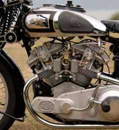 Resurrecting The Mighty AJS From 1936 – motorcycle Ajs Motorcycles, American Motorcycles, Vintage Motorcycles, Indian Motorcycles, Retro Motorcycle, Motorcycle Types, Motorcycle Quotes, Motorcycle Design, Motorbike Parts