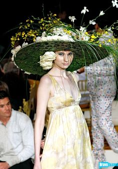 Real flower bonnet