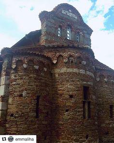 Er du i Bulgaria? Ta en tur til gamlebyen i Nessebar. #reiseliv #reisetips #reiseblogger #reiseråd  #Repost @emmaliha (@get_repost)  #oldnessebar #nessebaroldtown #church #worldheritagesite #sunnybeach #bulgaria #oldhouses#nessebar