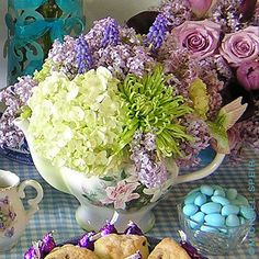 English Teapot and flowers
